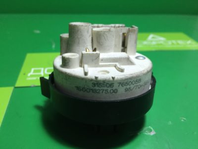 Прессостат Indesit Ariston 160018275.00 76500058